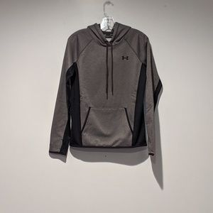 Under Armour Hooded pullover sweatshirt